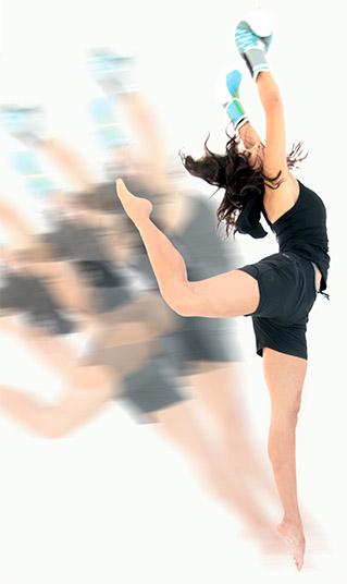 Esmeralda Gallemore jumping